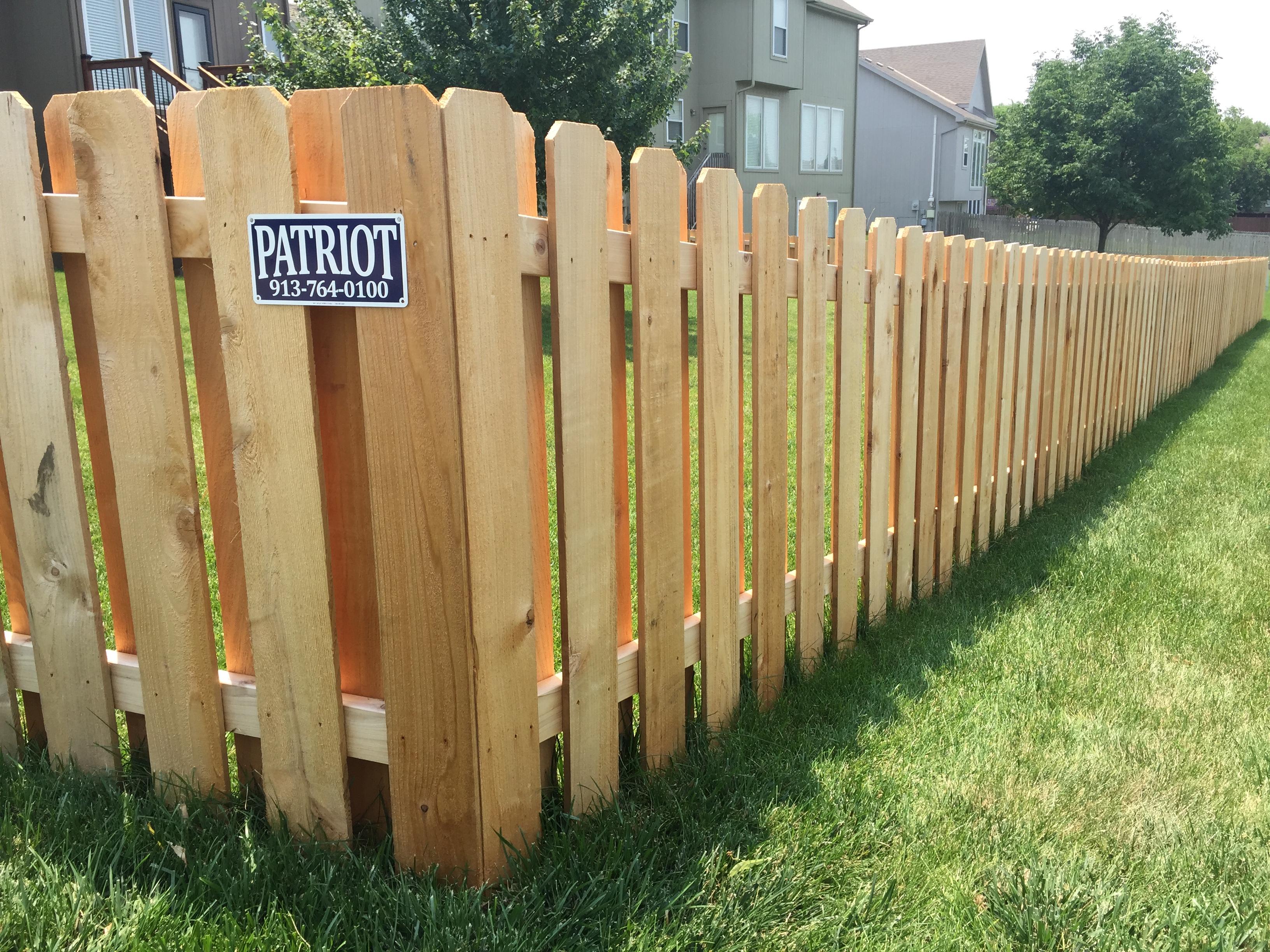 4' Shadow Box Fence